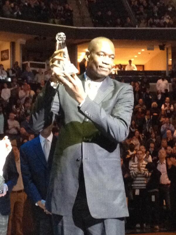 """Mutombo: """"I want to say thank you to be Memphis Grizzlies."""" http://t.co/VfrdQMKUPw"""
