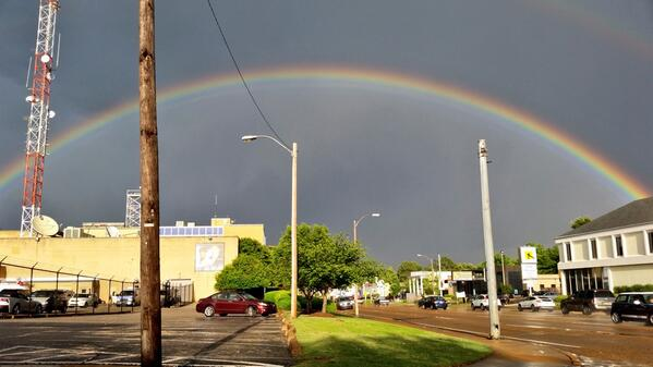 Great pic taken by @actionnews5 producer @clemons_adam over 1960 Union Ave. as the sun sets after the rain. http://t.co/5Vi6kUJ1Zm