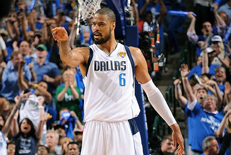 POSTSEASON FORM --- Having started in each of the Mavs' 21 postseason games in 2011, Chandler averaged 32.4 minutes, his best game coming in Game 4 of the NBA Finals when he registered 13 points and 16 rebounds to help Dallas even the series. (Photo courtesy of Reuters)
