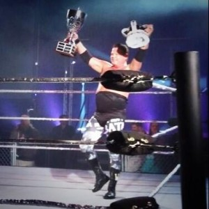 Jerry-Lawler-with-Trophy